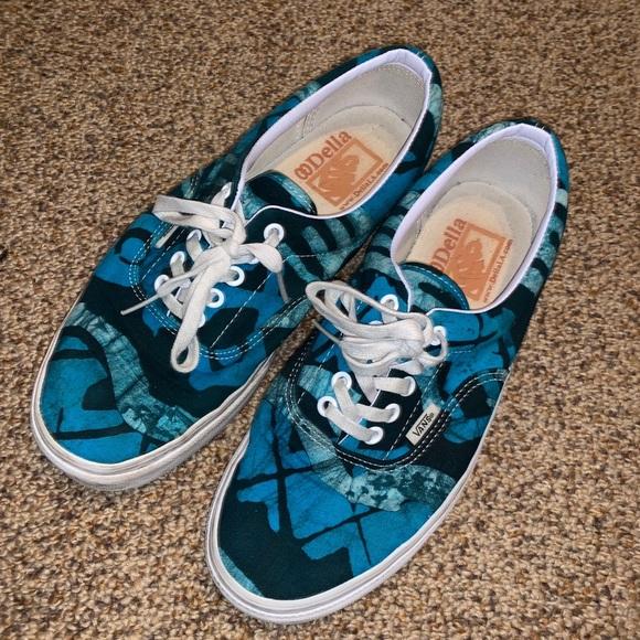 da0b3d8167 Vans Shoes - ‼️HUGE CLOSET SALE‼ Limited edition Vans